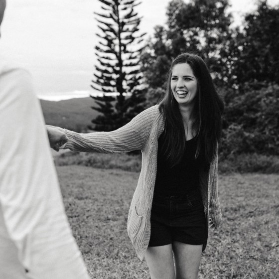 Maleny engagement session, natural, unposed, fun wedding photography, bowral wedding photographer