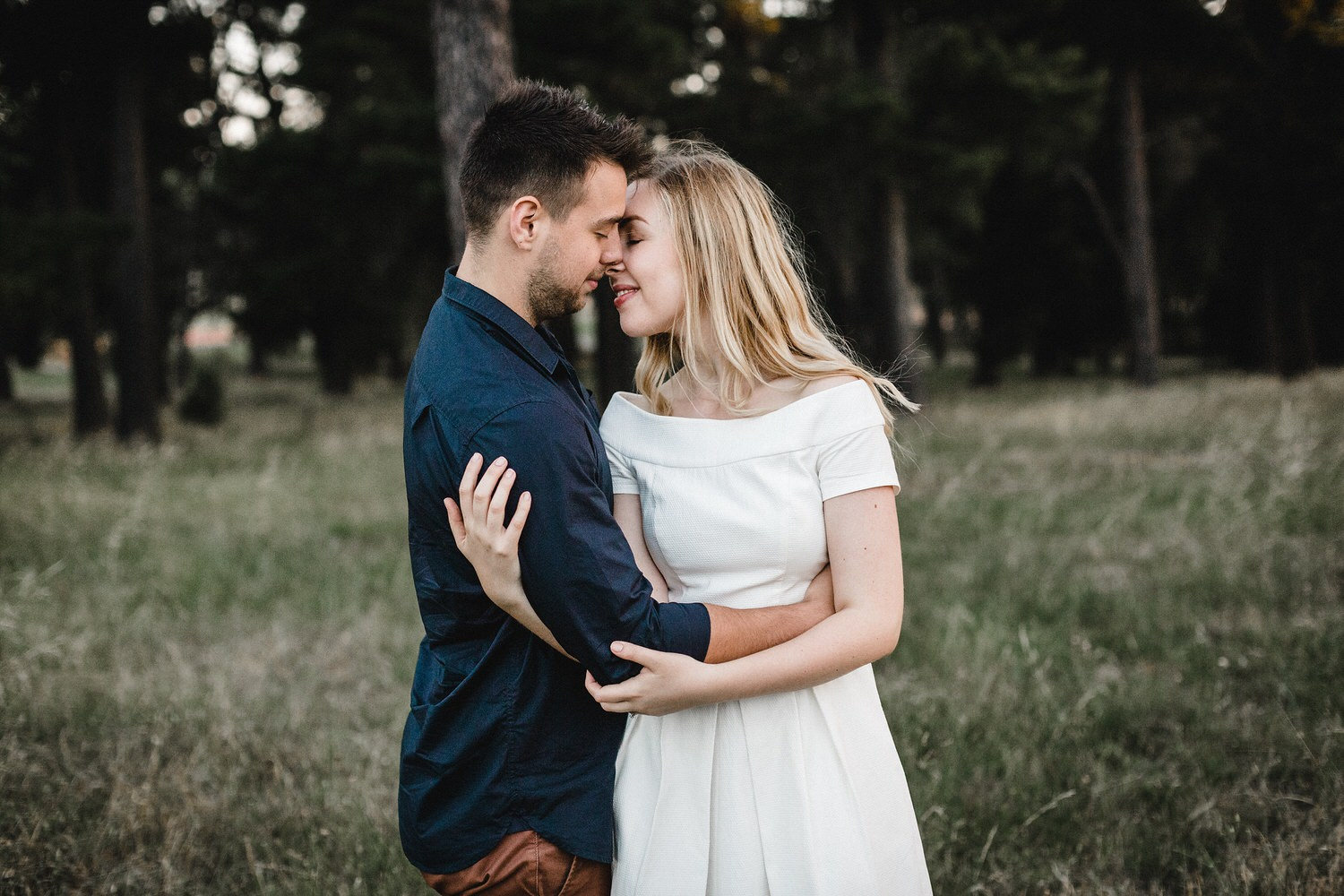 Yarralumla engagement shoot, Weston Park, Moody, Romantic, Canberra Wedding Photographer, Bowral Wedding Photographer, Sunshine Coast Wedding Photographer, Canberra Wedding Photography