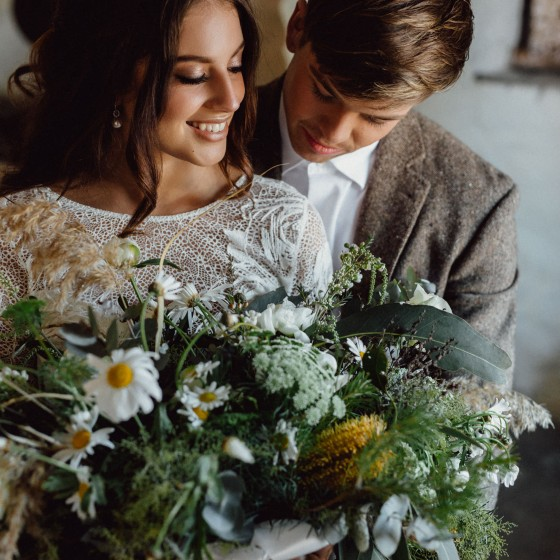 lanyon homestead, sunshine coast wedding photographer, brisbane wedding photography, gold coast wedding photographer, brusnwick heads, country, romantic, top wedding, rue de seine, spell and the gypsy collective, moxom and whitney, unveiled, hercanberra magazine