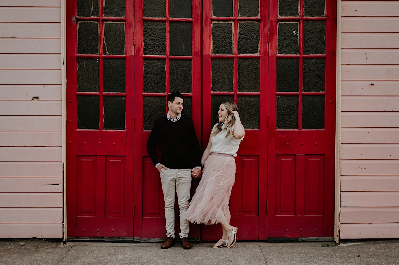 engagement photo session outfits