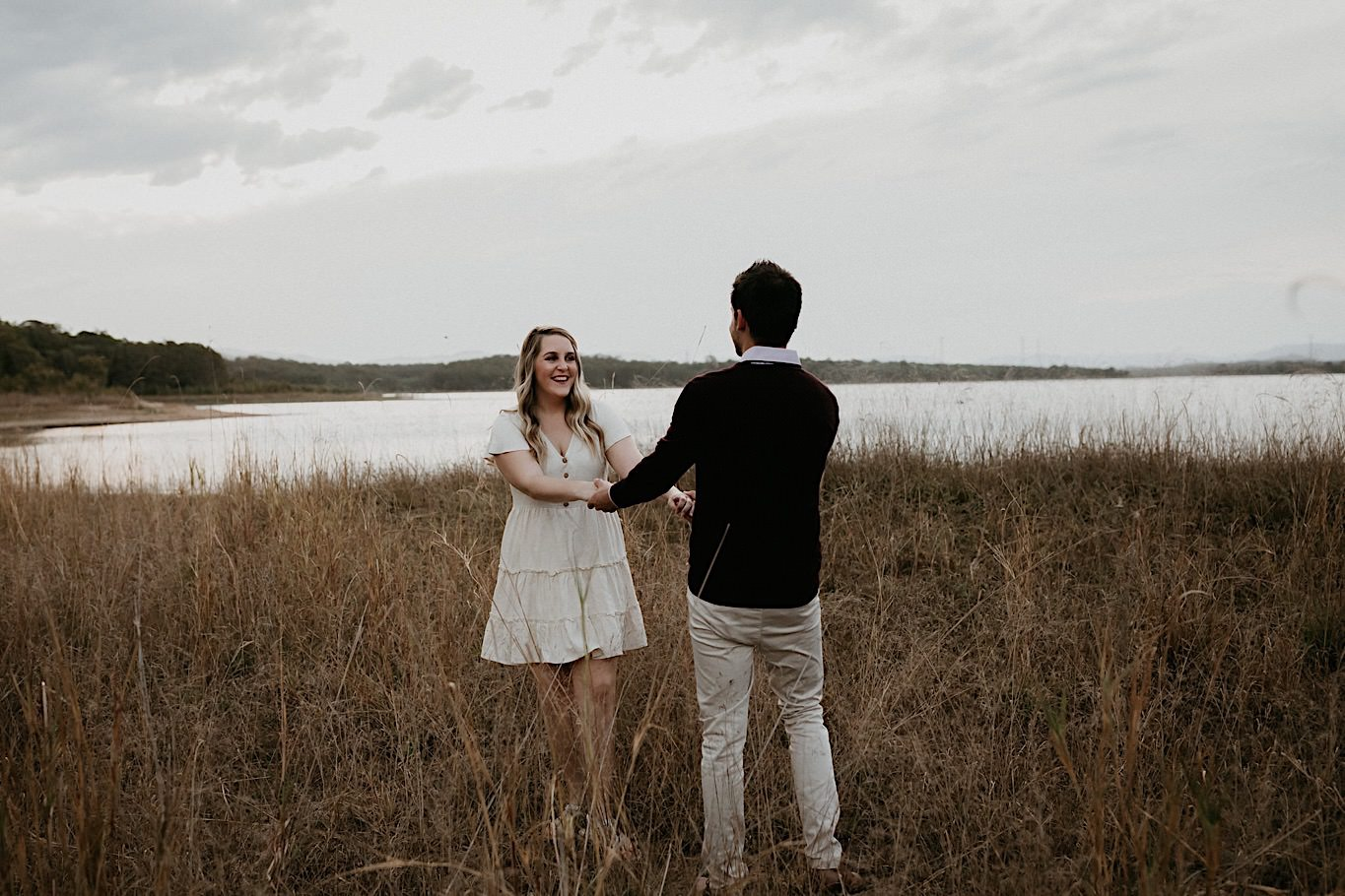 outdoor engagement photo locations near me